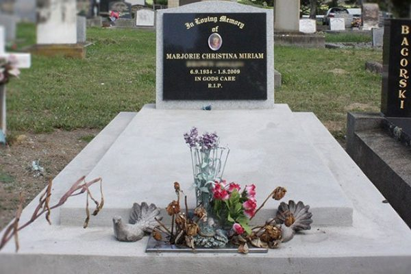 memorials-pic02