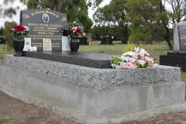 memorials-pic08