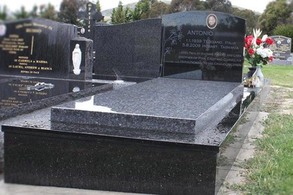 memorials-pic12