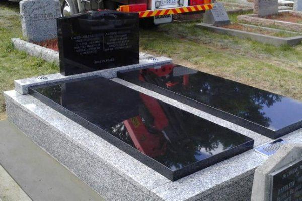 memorials-pic25