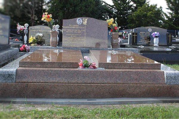 memorials-pic26.MjI1OTg4Njg3