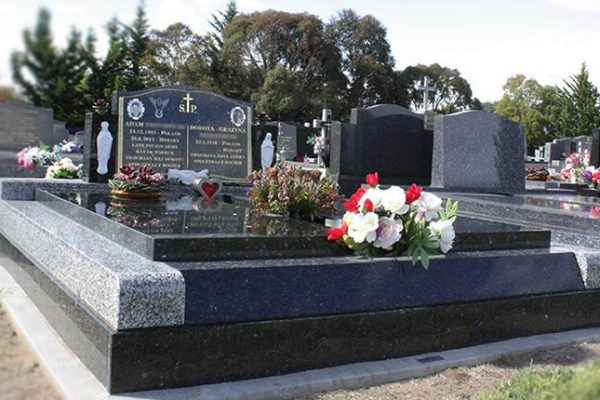 memorials-pic28.MjI3ODM1NzI5