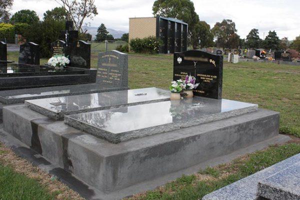 memorials-pic33